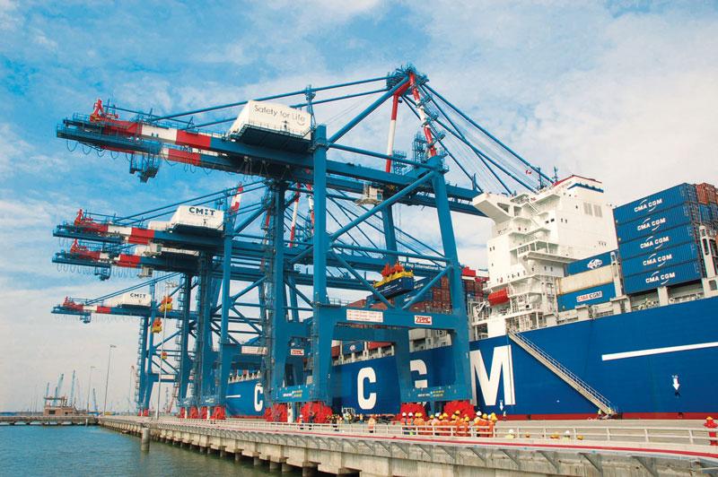Kết quả hình ảnh cho cầu trục Cảng quốc tế Cái Mép