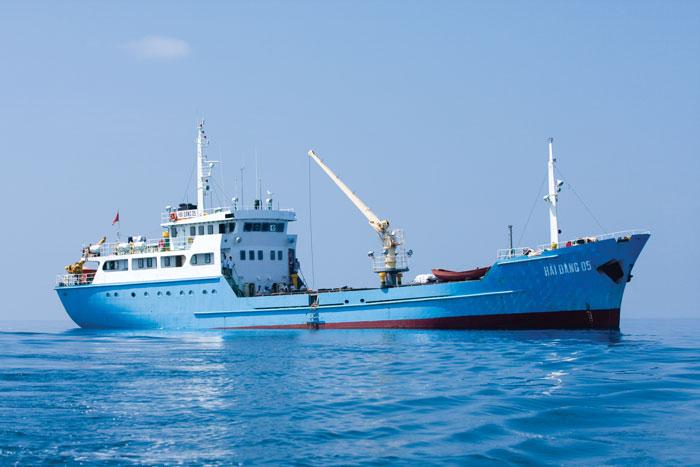 Tàu Hải đăng 05