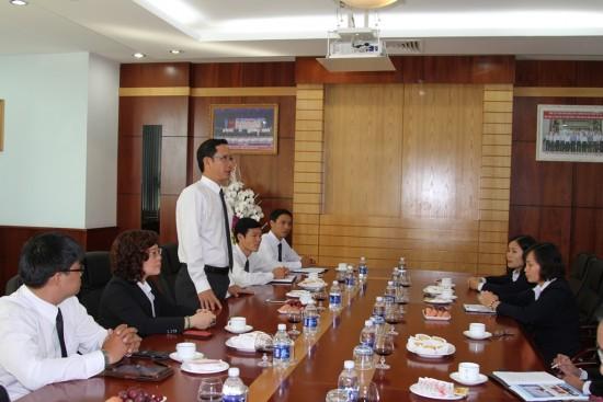 TGĐ Phạm Quốc Súy phát biểu tại buổi gặp mặt