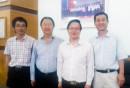Ông Phạm Tuấn Anh, Phó TGĐ VMS-South chụp hình lưu niệm cùng đoàn Công ty tư vấn thiết kế Changjiang