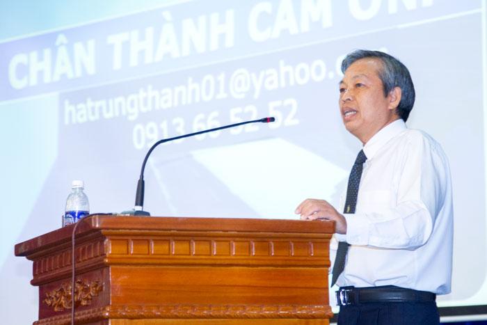 Đồng chí Phạm Đăng Lâu, Phó Bí thư thường trực Đảng ủy Tổng công ty phát biểu tại Hội nghị
