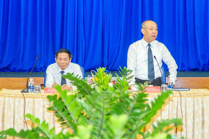 Ông Bùi Thế Hùng, Tổng giám đốc Tổng công ty phát biểu chỉ đạo tại Hội nghị