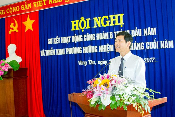 Đ/c Dương Thế Nam, Chủ tịch Công đoàn Tổng công ty phát biểu tại Hội nghị