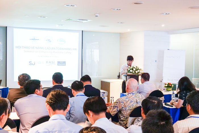 Ông Phạm Tuấn Anh, Phó TGĐ VMS-South phát biểu tại Hội thảo