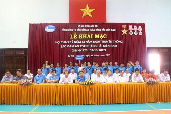 0_Le khai mac (14)