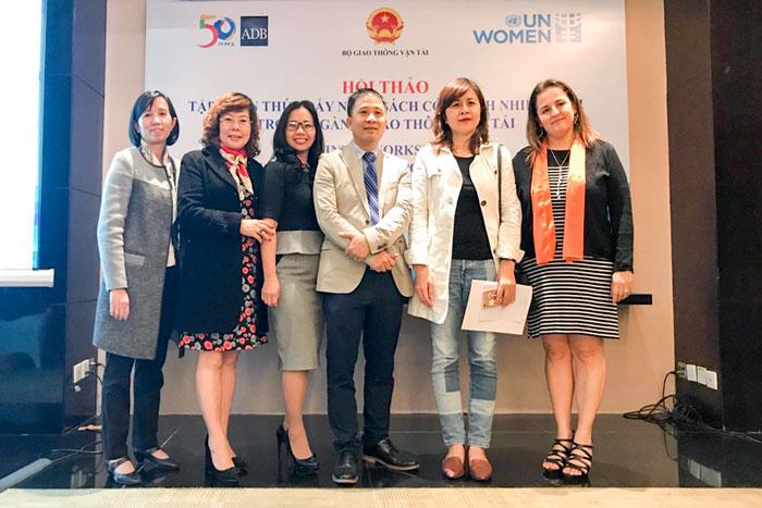 Bà Nguyễn Thị Thu An, Phó TGĐ VMS-South tham dự Lớp tập huấn