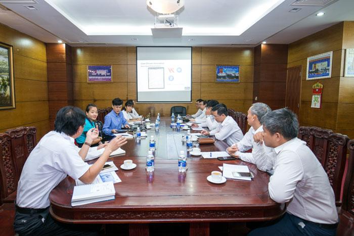 Quanh cảnh Cuộc họp