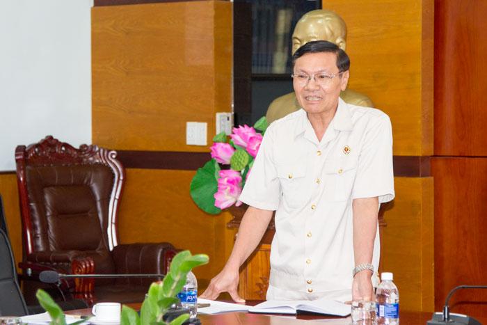Đ/c Nguyễn Đình Tiếp, Phó Chủ tịch Thường trực Hội CCB tỉnh phát biểu chỉ đạo tại Hội nghị
