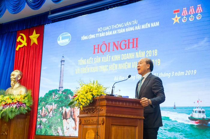 Ông Nguyễn Văn Công, Thứ trưởng Bộ GTVT phát biểu tại Hội nghị