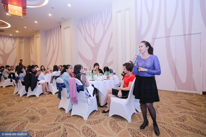 Cán bộ nữ công công đoàn cơ sở chia sẻ, trao đổi kinh nghiệm công tác nữ công tại đêm gala