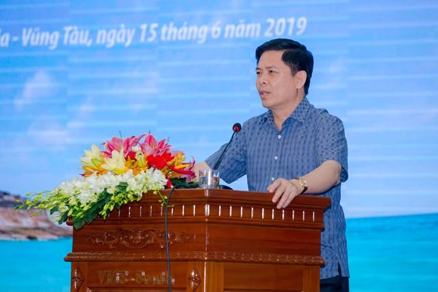Bộ trưởng Nguyễn Văn Thể phát biểu tại hội nghị