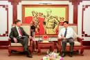 Thứ trưởng Nguyễn Ngọc Đông và ông Michel Kerf nhất trí tăng cường trao đổi, phối hợp để xây dựng các chương trình kế hoạch cho giai đoạn 2016-2020
