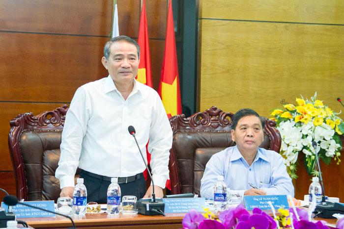 (Vietnamese) Bộ trưởng Bộ GTVT Trương Quang Nghĩa tới thăm và làm việc tại Tổng công ty BĐATHH miền Nam
