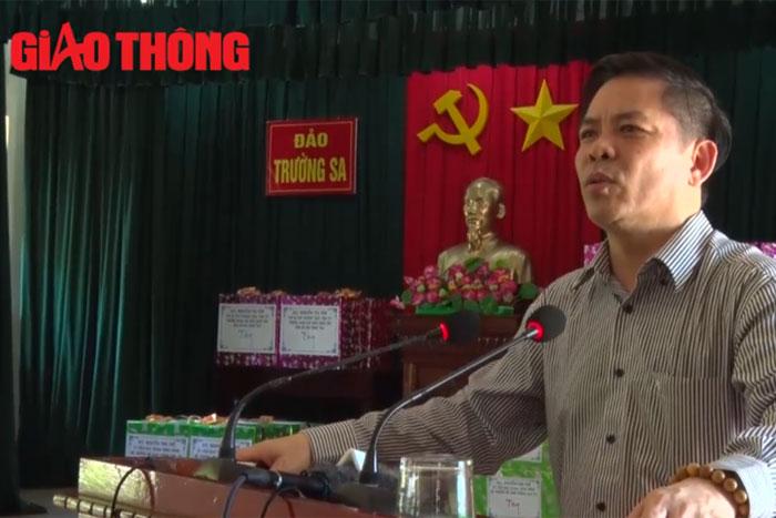 (Vietnamese) [Giao thông] Bộ trưởng Nguyễn Văn Thể thăm Trường Sa