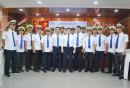 Ban Giám đốc Chụp hình lưu niệm với đội ngũ Sỹ quan tàu Hải đăng 05