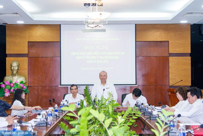 Đ/c Bùi Thế Hùng, Bí thư Đảng ủy, Tổng giám đốc Tổng công ty phát biểu giao nhiệm vụ tại Hội nghị
